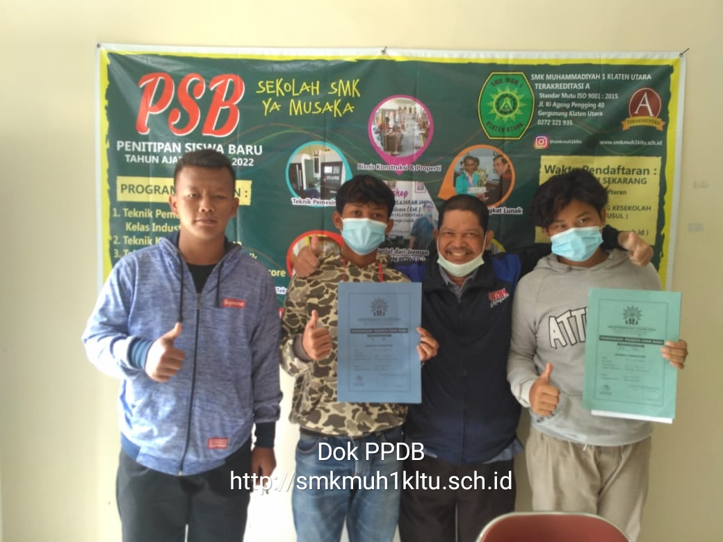 Penitipan calon siswa baru dari SMP Negeri 1 Ngawen